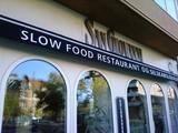 Slow-Food-Restaurant