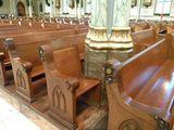 Einsamer Kirchenbesuch