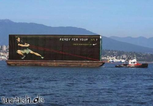 Werbung im Wasser