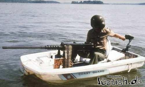 Kein Geld für richtige Boote